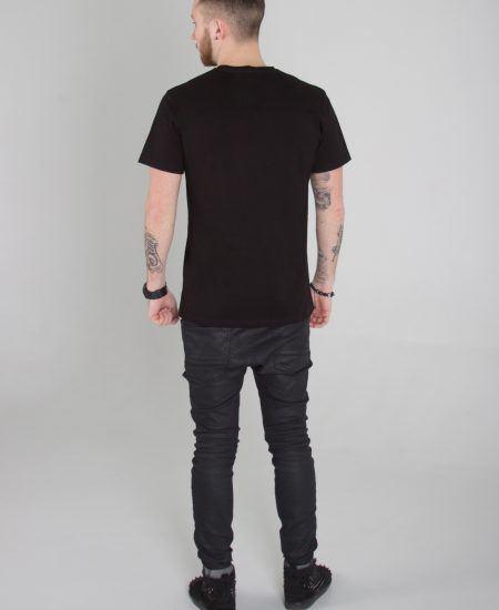 man_back_tshirt_black